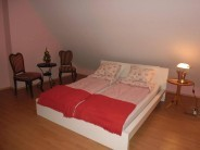 Rooms for Rent Apartman Etyek
